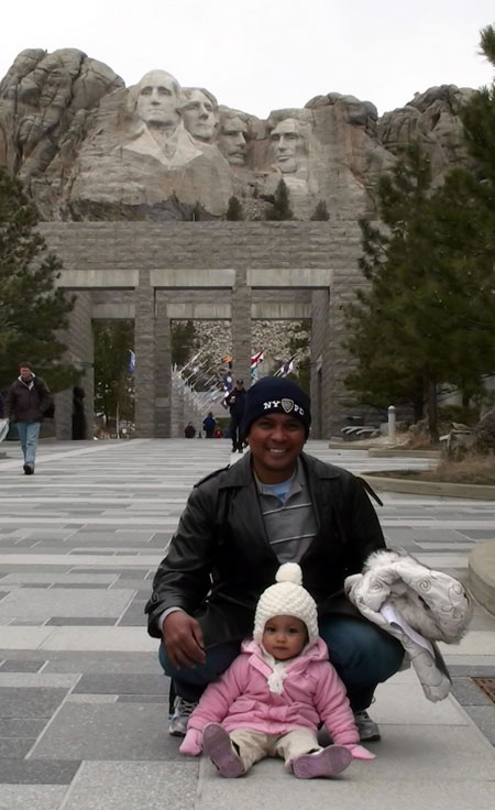 The Daddy-Baby Tandem at Mount Rushmore