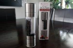 2-in-1 Salt and Pepper Grinder Review