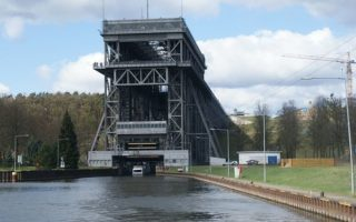 Three Things To Look For In A Boat Lift Company
