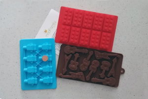 Product Review: 3-Pack Silicon Ice Cube Tray/Candy Mold from ModFamily
