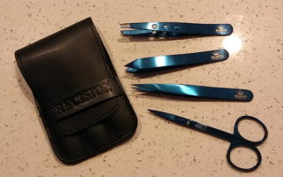 Product Review: Stainless Steel Luxury Tweezers + Nail Scissors
