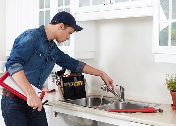 plumber-faucet